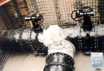 霜降山配水池配水管敷設工事